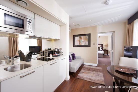 Fraser Suites Queens Gate: One Bedroom Deluxe Kitchen & Living