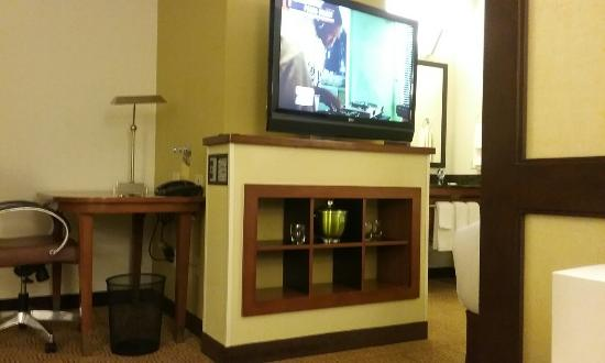 Hyatt Place Germantown: 20151216_183803_large.jpg