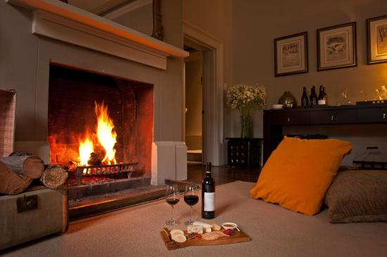 New Norfolk, Australia: Savour a glass of wine in the Ballroom