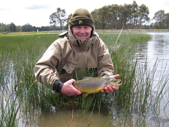 New Norfolk, Australië: Wild trout fishing experience