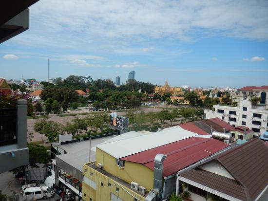 Wat BotomVatey Playground Foto