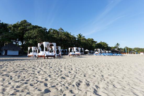 Blue Jack Tar: Der Blick vom Strand Richtung Hotel