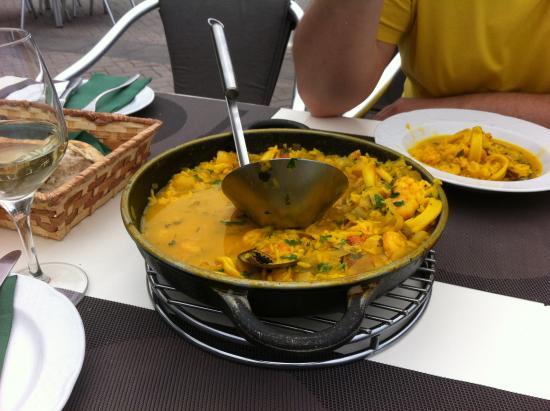 San Juan de la Rambla, Spania: Паэлья с мореродуктами
