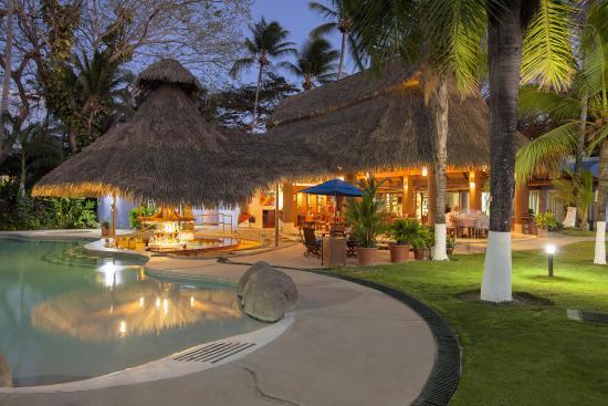 Bahia Del Sol Beach Front Hotel Suites