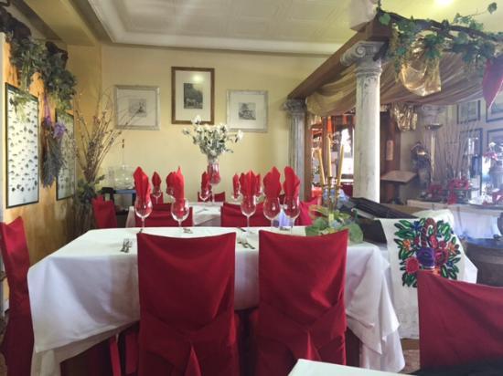 Villa Vicentina, Italie : Entrata sala ristorante