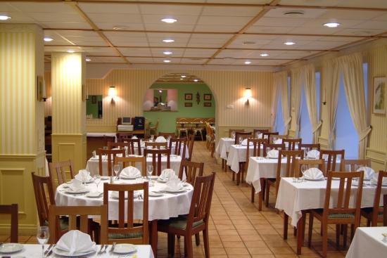 Katerina City Hotel: Restaurant Stockholm