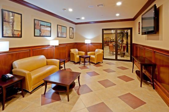 นอร์ทเบอร์เกน, นิวเจอร์ซีย์: Hotel Lobby