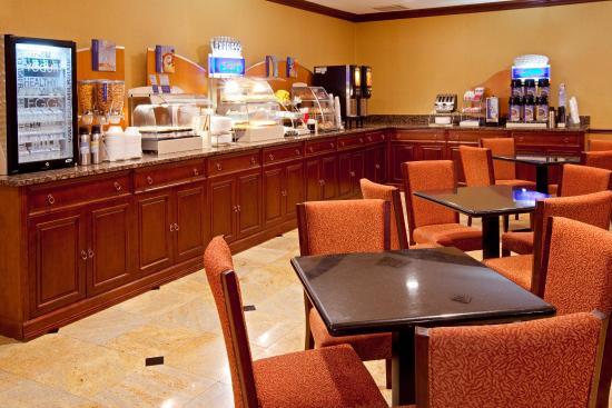 North Bergen, NJ: Breakfast Bar