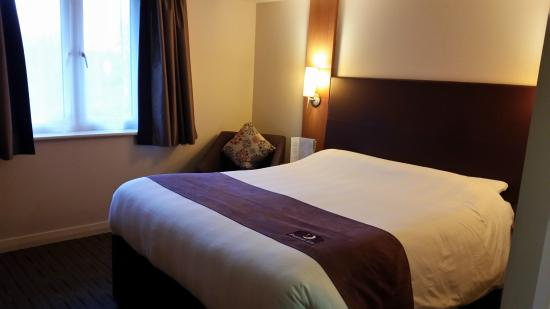 Premier Inn Christchurch Highcliffe Image