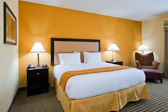 กรีนวิลล์, อลาบาม่า: King Bed Guest Room