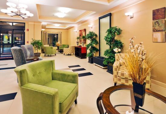 Greenville, AL: Hotel Lobby