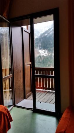 Getur villaggio turistico di piani di luzza hotel forni for Piani di camera aggiunta