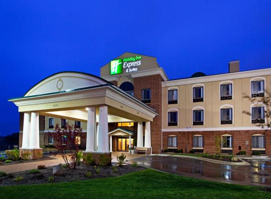 Photo of Holiday Inn Express Hotel & Suites Howell