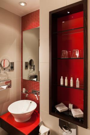 Hotel Indigo London-Paddington: Bathroom HILP