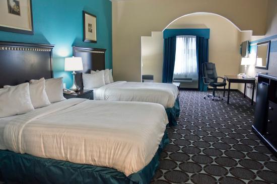 Nogales, Arizona: Two Queen Beds Suite