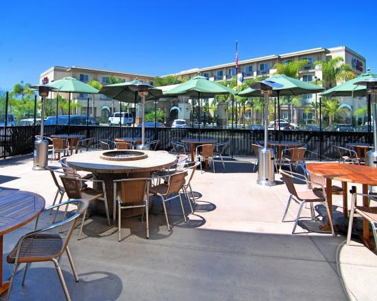 National City, CA: Restaurant Patio