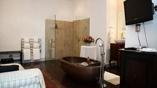 Jan Harmsgat Country House: Bathroom