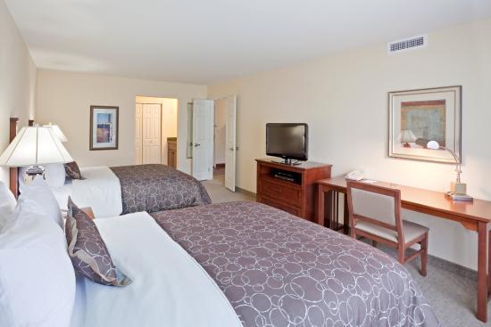 Mukilteo, واشنطن: Two Bedroom Suite, one king bedroom, two queen bedrooom, two baths