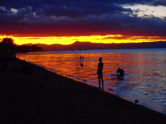 Cape Maclear, Malawi: Amazing sunsets @ Ecolodge