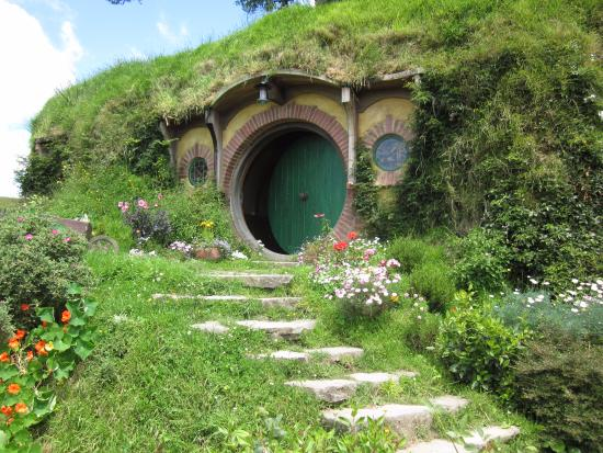 Bag End Hobbiton The Shire Middle Earth As J R Tolkien Himself Wrote In Opening Lines Of Hobbit A Hole Ground There Lived