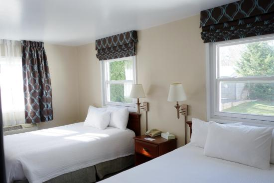 Great Barrington, MA: Two Queen room