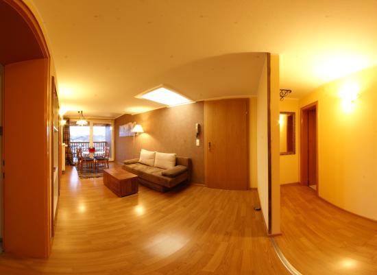 Niederndorf, Österreich: Wohnung 5 Wohnzimmer