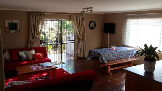 Sabie, Zuid-Afrika: Cottage: open-plan area