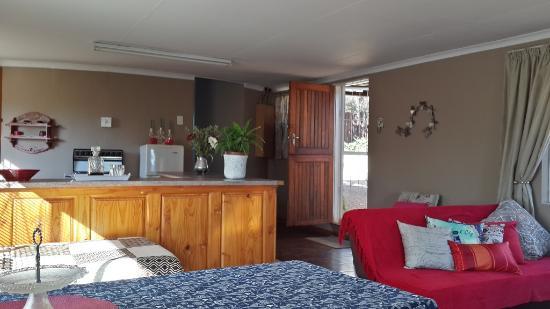 ซาบี, แอฟริกาใต้: Cottage: Open-plan area