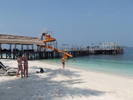 Pulau Rawa, ماليزيا: ponton d'accostage de la navette avec toboggan