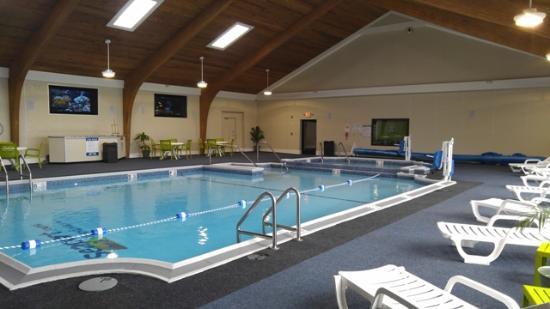 Seaport Inn and Marina: Indoor Pool
