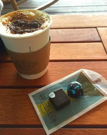Perfect, even on rainy days - Picture of Bootleg Chocolates & Cafe
