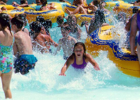 Holiday Inn Express Hotel & Suites Grand Island: Fun in the sun at Island Oasis Water Park
