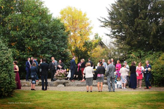 Dorrington, UK: Wedding Guests