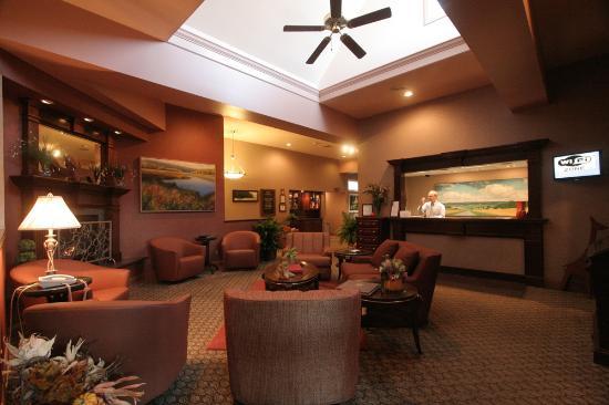 Lakeville, CT : Interlaken Inn Lobby
