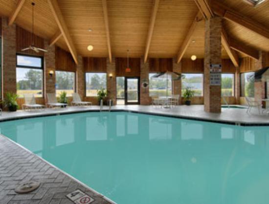 Enid, OK: Indoor Pool & Hot-Tub