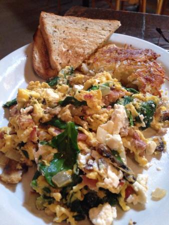 Point Break Cafe: Great food, good service. Do we need to say more?