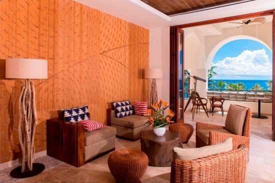 هيلتون لوس كابوس بيتش آند جولف ريزورت: La Vista Club Lounge