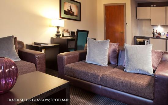 Fraser Suites Glasgow: Living Area