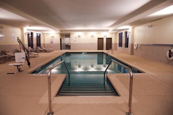 Monroe, Carolina del Nord: Swimming Pool Night Heated