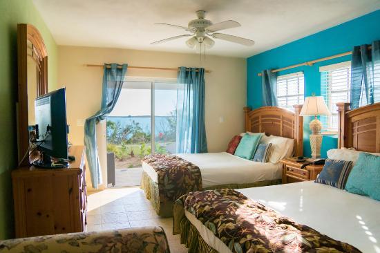 Gems At Paradise Resort: Gems-Beachfront Double Queen Terrace
