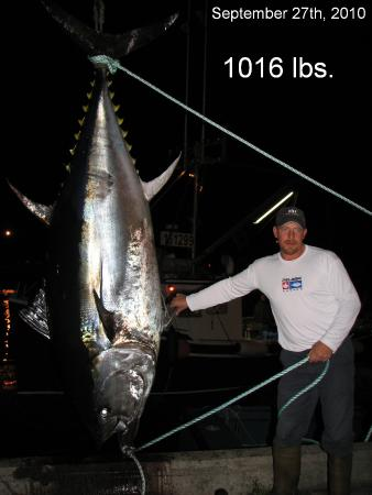 Antigonish, Canada : Capt. John with his harvest bluefin in 2010.