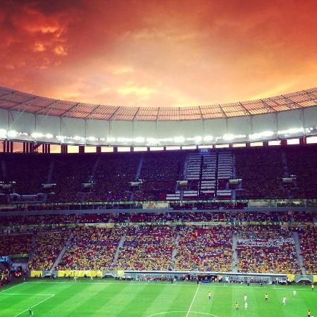 Est dio nacional de bras lia foto de est dio nacional for Puerta 27 estadio nacional