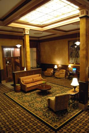 Fitger's Inn : Lobby