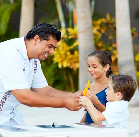 Hilton Los Cabos Beach & Golf Resort: Pool Concierge