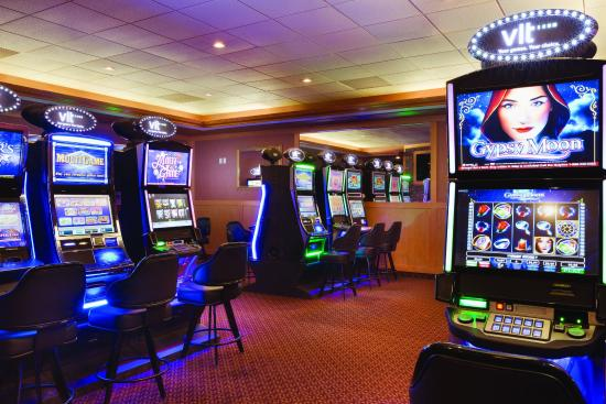 Days Hotel & Suites - Lloydminster: Players Lounge