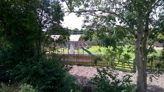 Clutton, UK: Kids play area Warwick Arms