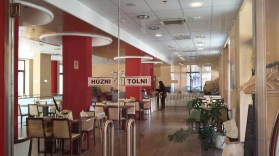 Hotel Regnum Residence: Salón comedor