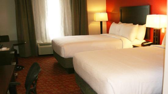 Guin, Алабама: Queen Bed Guest Room