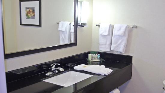 Guin, Алабама: Guest Bathroom