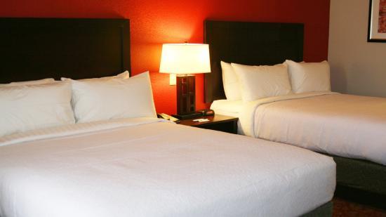 Guin, AL: Queen Guest Room
